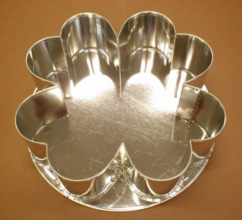 Forma na dort čtyřlístek střední